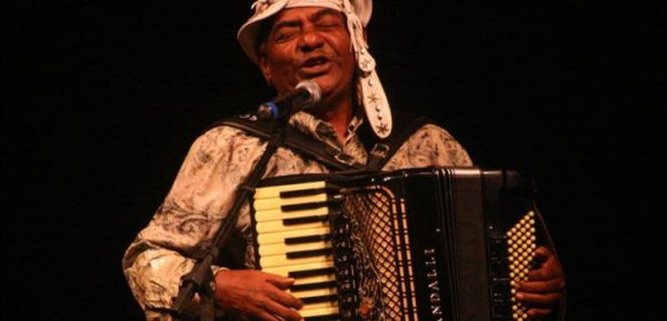Cantor paraibano Pinto do Acordeon é convidado para cantar na posse de Jair Bolsonaro
