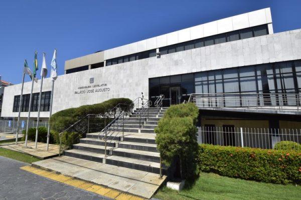Deputados estaduais eleitos serão diplomados na Assembleia nesta quarta