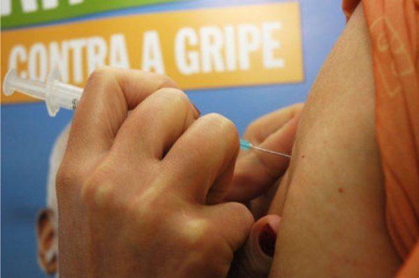 SAÚDE: Mais de 220 mil pessoas ainda não se vacinaram contra a gripe no RN