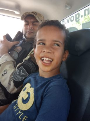 BELA AÇÃO: perdida nas ruas de Jardim do Seridó, criança autista reencontra a família com ajuda da Polícia Militar