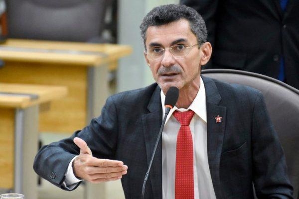 """Deputado Francisco do PT elogia projeto """"Moto Legal"""", apresentado pela governadora"""