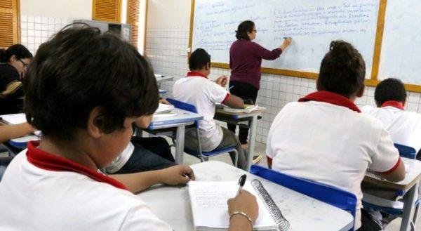 Governo do RN convoca 356 professores temporários