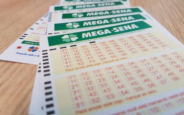 Mega-Sena acumula e prêmio vai para R$ 25 milhões