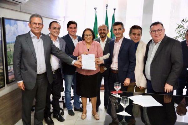 Governadora atende pedido de Francisco do PT para regulamentar a CNH Social