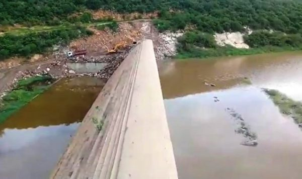 Volume d'água sobe na barragem Passagem das Traíras, em São José do Seridó