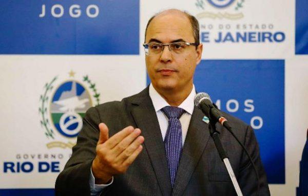 Governador do RJ, Wilson Witzel, anuncia que está com o novo coronavírus